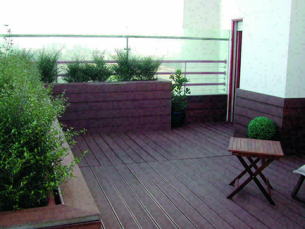 Tarimas de pl stico al mejor precio - Paneles imitacion madera ...