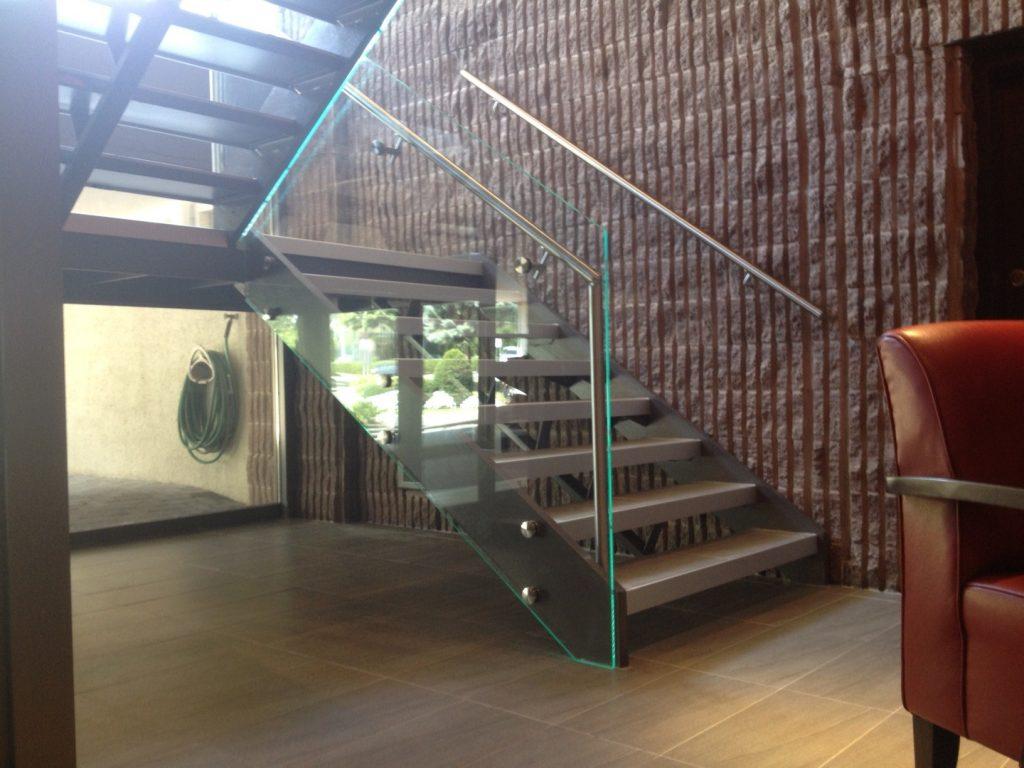 Escales i baranes de Metacrilat 2
