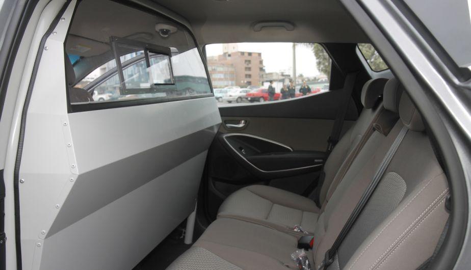 Interiores y Accesorios de vehículos 4