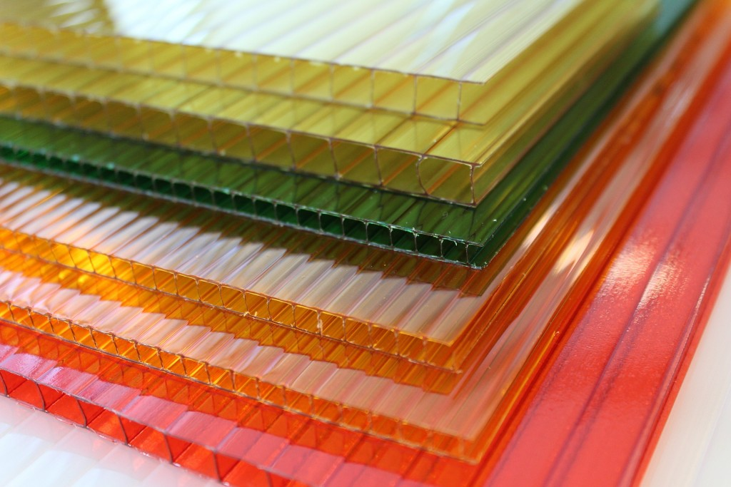 Polycarbonate sheets: prices and advantages