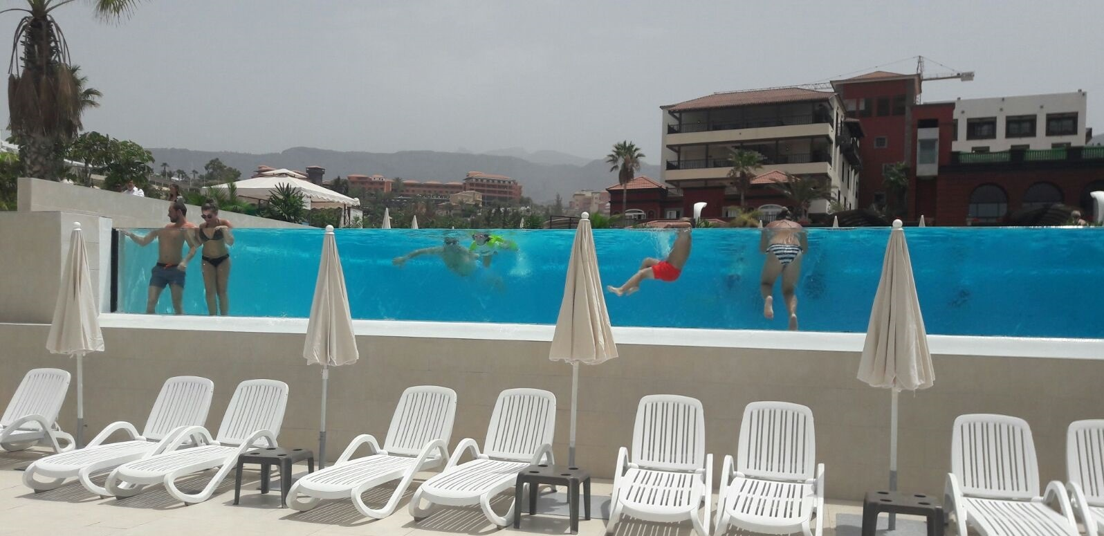 Mur-de-piscine-Adeje-Tenerife